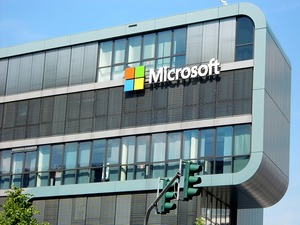 microsoft_password_share_feature_gets_the_boot_in_latest_update